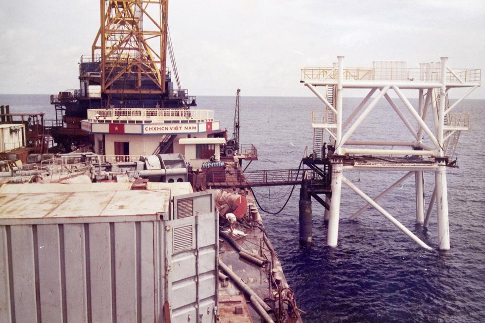 DK1 - 30 năm thành đồng trên biển - Kỳ 5: Xây dựng nhà giàn DK1/1 - Ảnh 2.