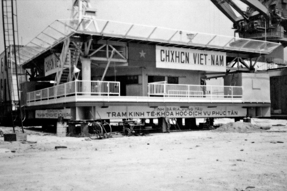 DK1 - 30 năm thành đồng trên biển - Kỳ 5: Xây dựng nhà giàn DK1/1 - Ảnh 1.