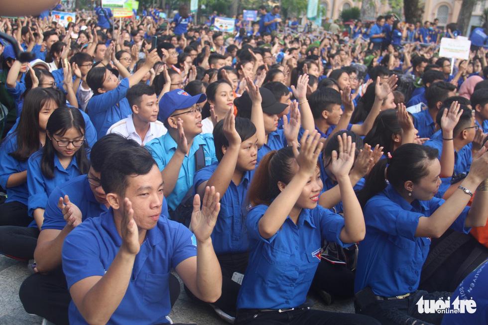 Hàng ngàn bạn trẻ xuất quân Mùa hè xanh 2019 - Ảnh 8.