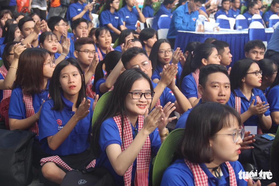 Hàng ngàn bạn trẻ xuất quân Mùa hè xanh 2019 - Ảnh 11.