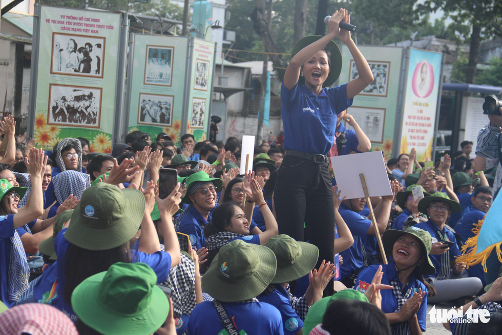 Hàng ngàn bạn trẻ xuất quân Mùa hè xanh 2019 - Ảnh 15.