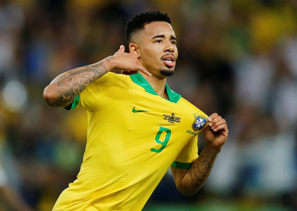 Tuyển Brazil tưng bừng mừng ngôi vương ở Copa America 2019 - Ảnh 3.