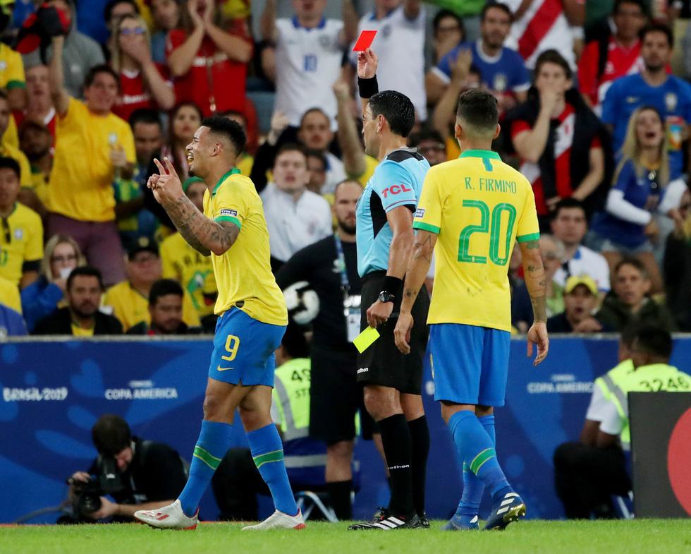 Tuyển Brazil tưng bừng mừng ngôi vương ở Copa America 2019 - Ảnh 4.