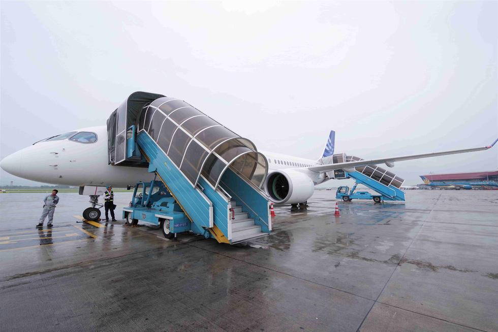 Máy bay phản lực loại nhỏ thế hệ mới được tính toán thay ATR72 - Ảnh 1.