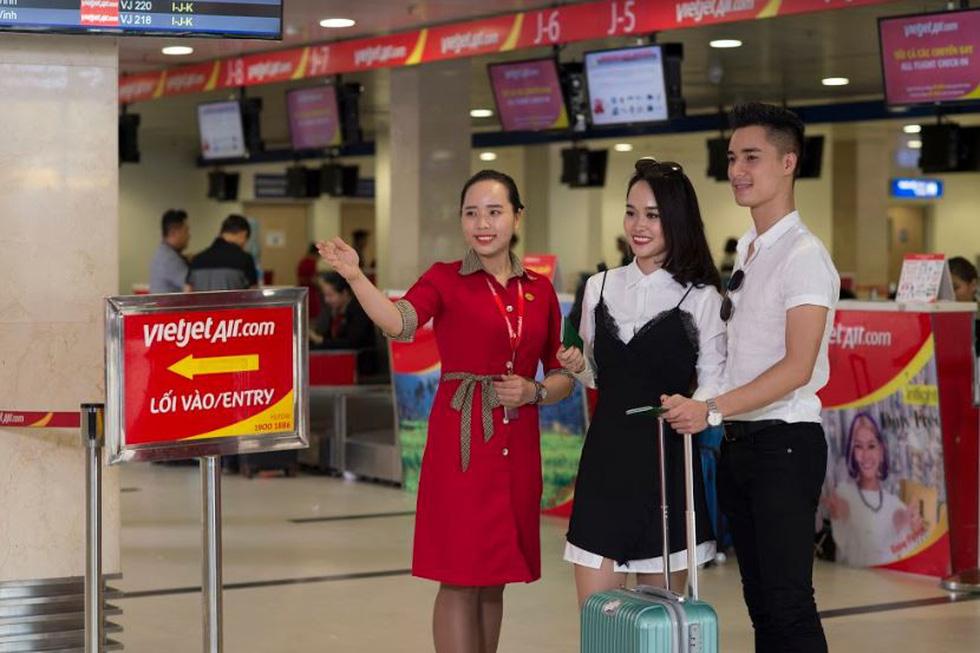 Doanh thu quốc tế của Vietjet 6.865 tỉ đồng, tăng 51% - Ảnh 2.
