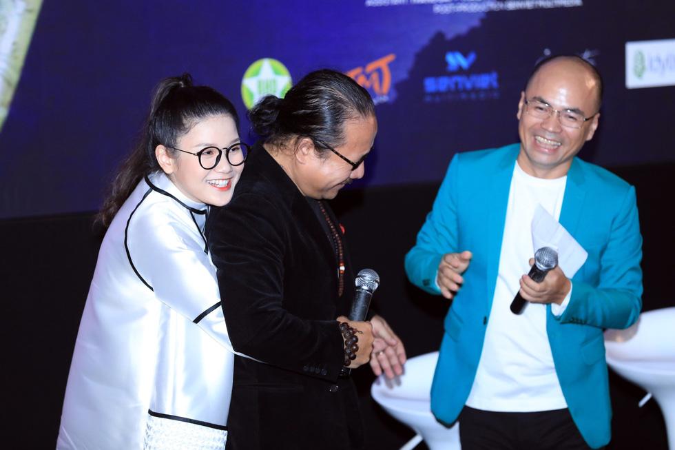 Con gái Trần Mạnh Tuấn ra MV đầu tay khi mới 15 tuổi - Ảnh 2.