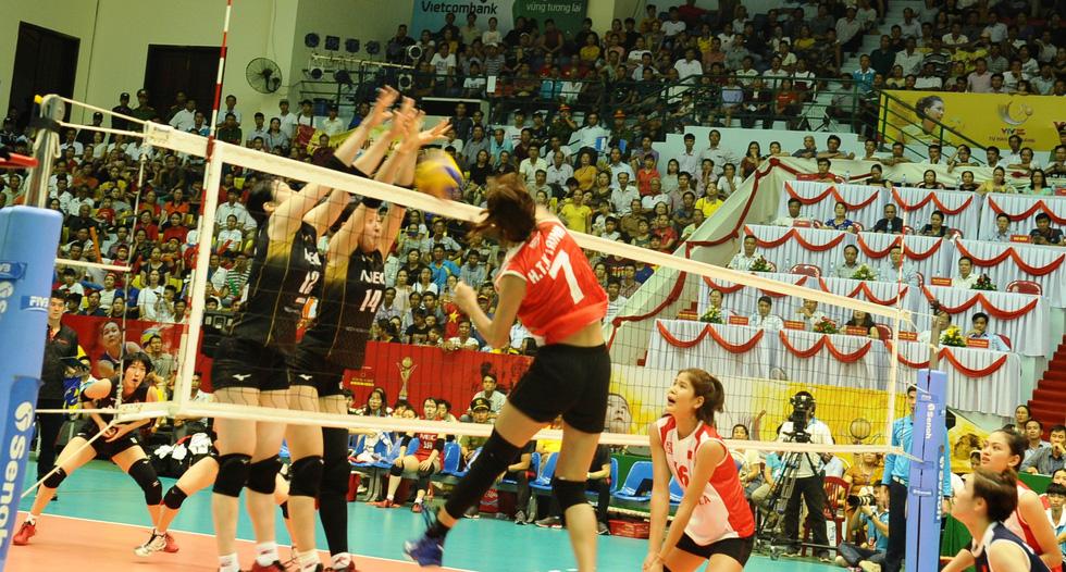 Tuyển nữ Việt Nam ngậm ngùi lỡ ngôi vô địch giải bóng chuyền VTV cup - Ảnh 6.