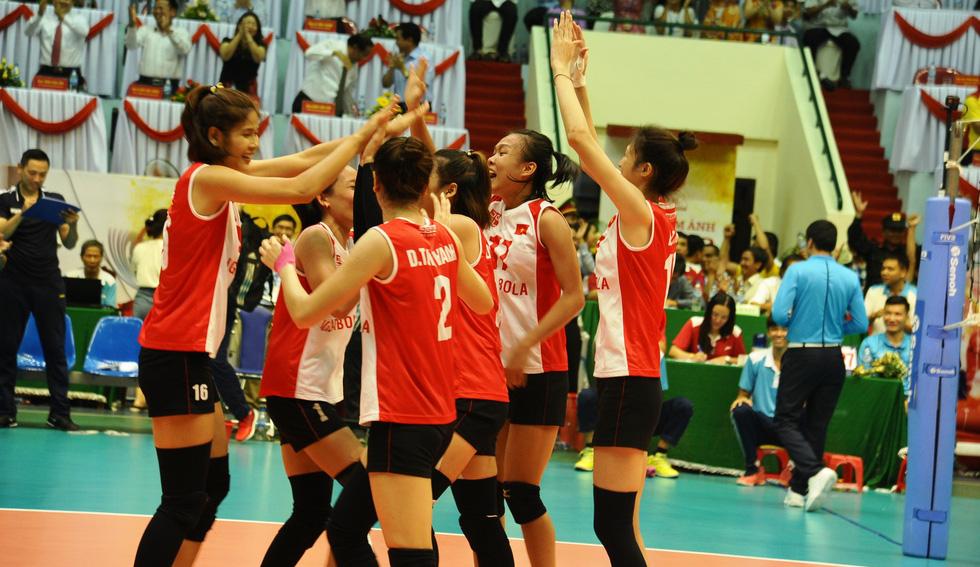 Tuyển nữ Việt Nam ngậm ngùi lỡ ngôi vô địch giải bóng chuyền VTV cup - Ảnh 8.