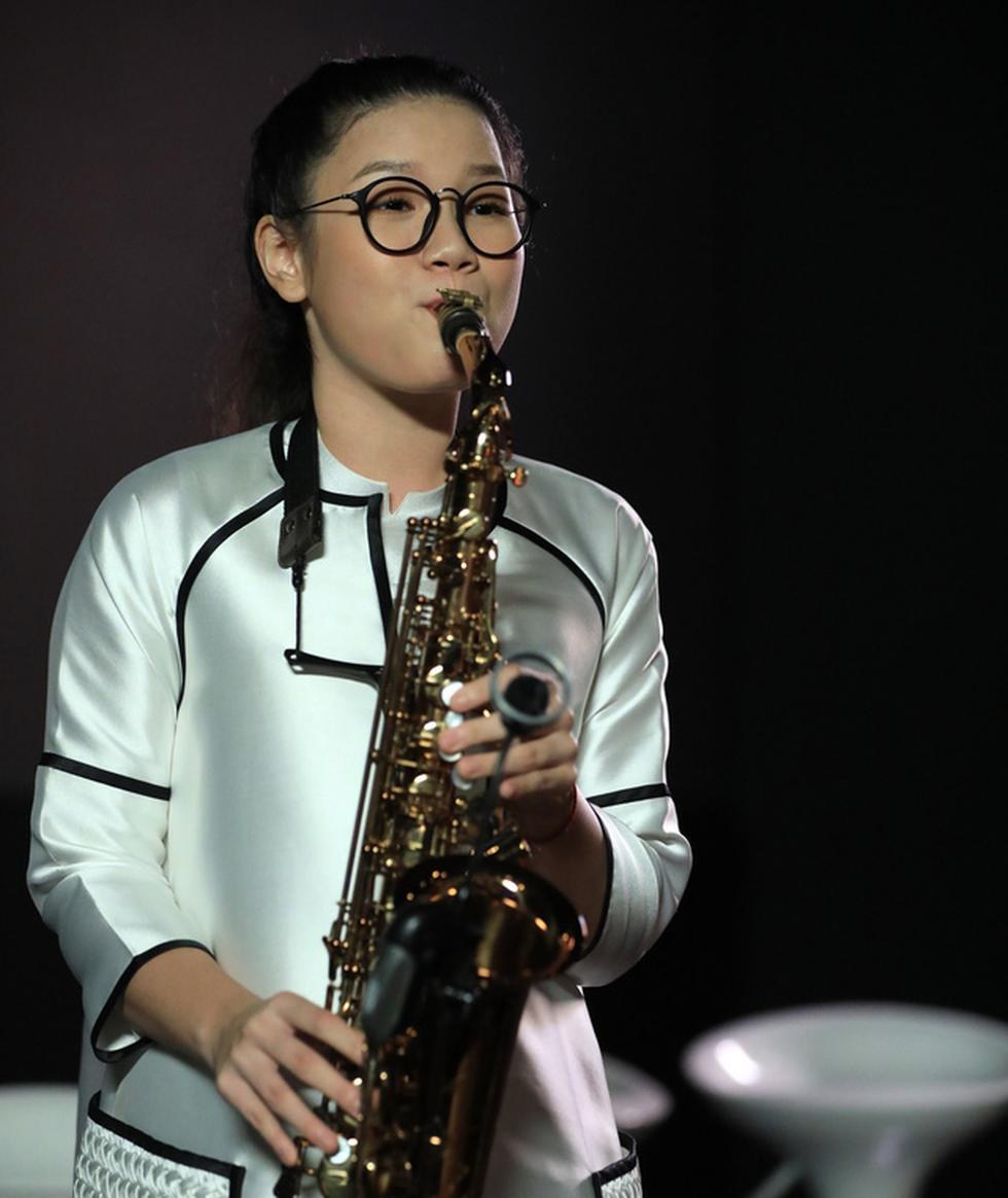 Con gái Trần Mạnh Tuấn ra MV đầu tay khi mới 15 tuổi - Ảnh 5.