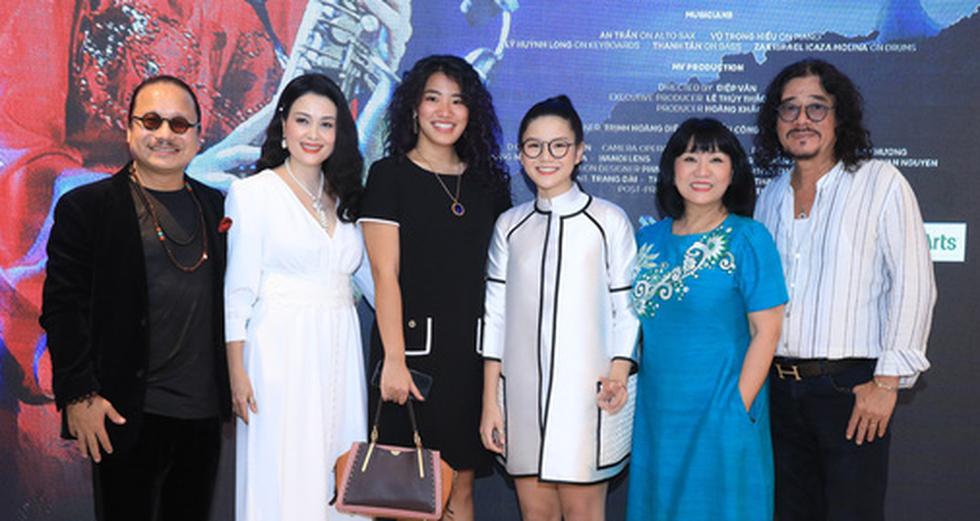 Con gái Trần Mạnh Tuấn ra MV đầu tay khi mới 15 tuổi - Ảnh 3.