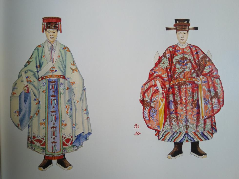 Trăm năm lưu lạc của bộ tranh quý Đại lễ phục triều Nguyễn - Ảnh 7.