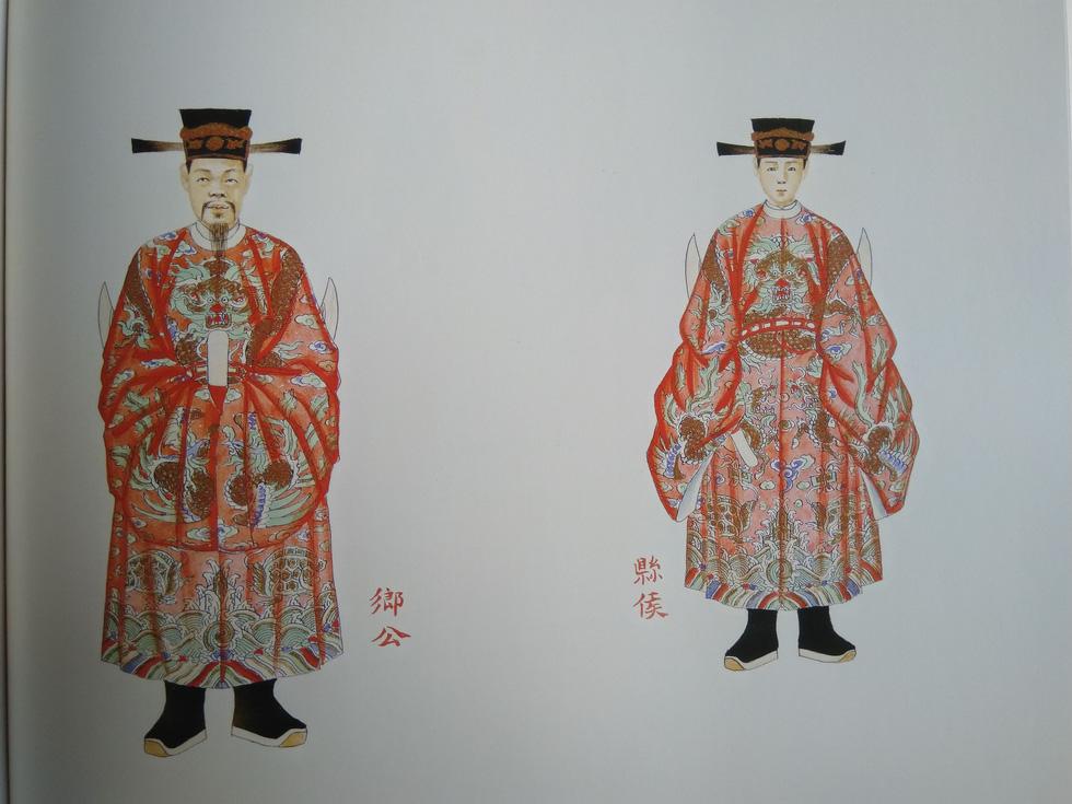 Trăm năm lưu lạc của bộ tranh quý Đại lễ phục triều Nguyễn - Ảnh 8.