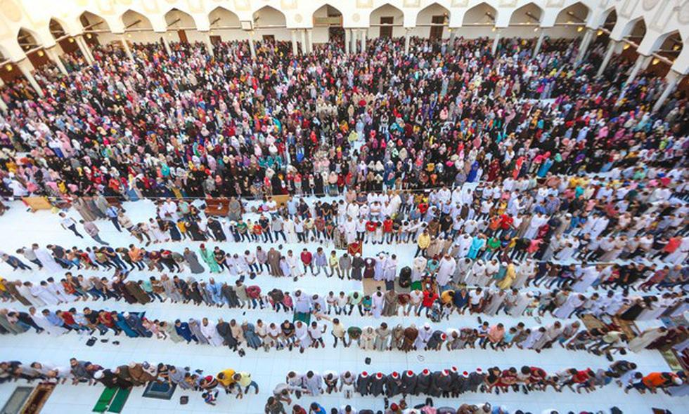 Hàng triệu người Ai Cập làm lễ Hiến sinh - Ảnh 1.