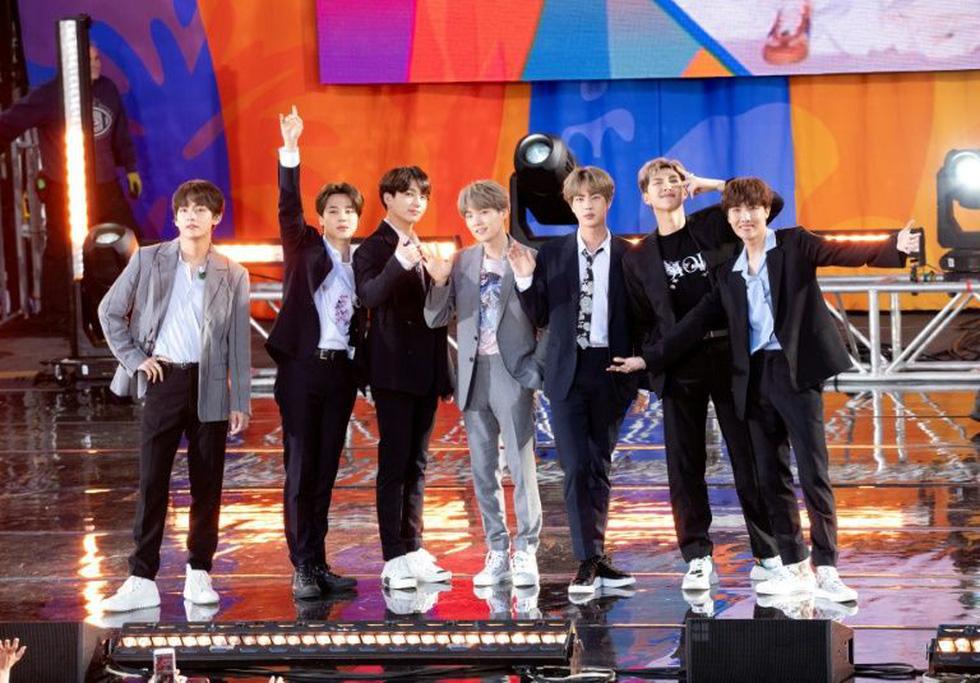 BTS thông báo tạm dừng biểu diễn, fan phản hồi tích cực - Ảnh 1.