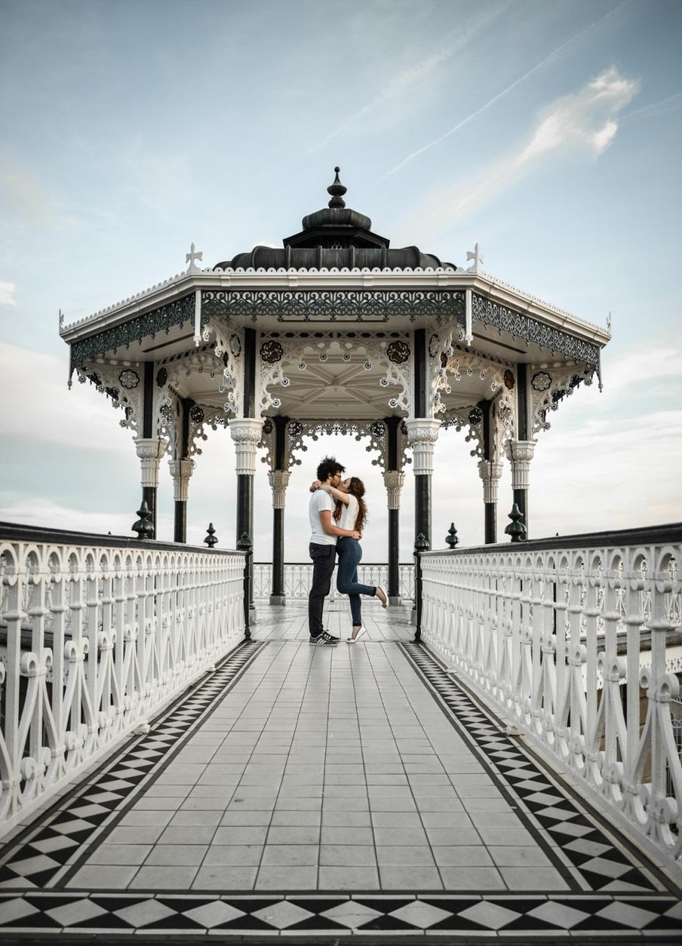 Hai cụ già Việt Nam mãi yêu vào top 50 giải ảnh quốc tế về tình yêu - Ảnh 13.