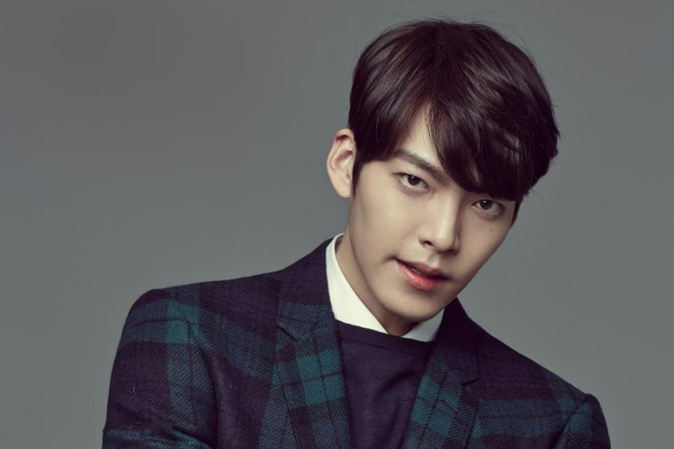 Ly hôn xong, Song Joong Ki vô top 'nam thần một mí' - Ảnh 7.