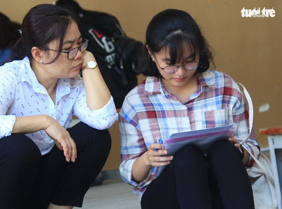Cùng con lên Sài Gòn nhập học - Ảnh 4.