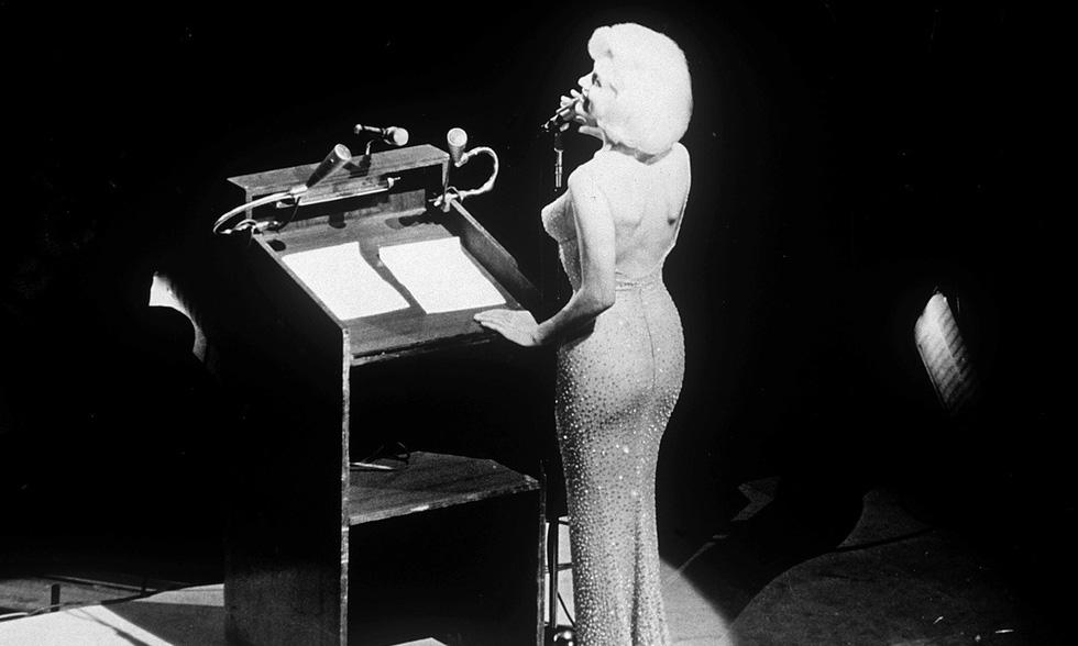 Marilyn Monroe và những chiếc váy đấu giá từ chục ngàn đến triệu USD - Ảnh 7.