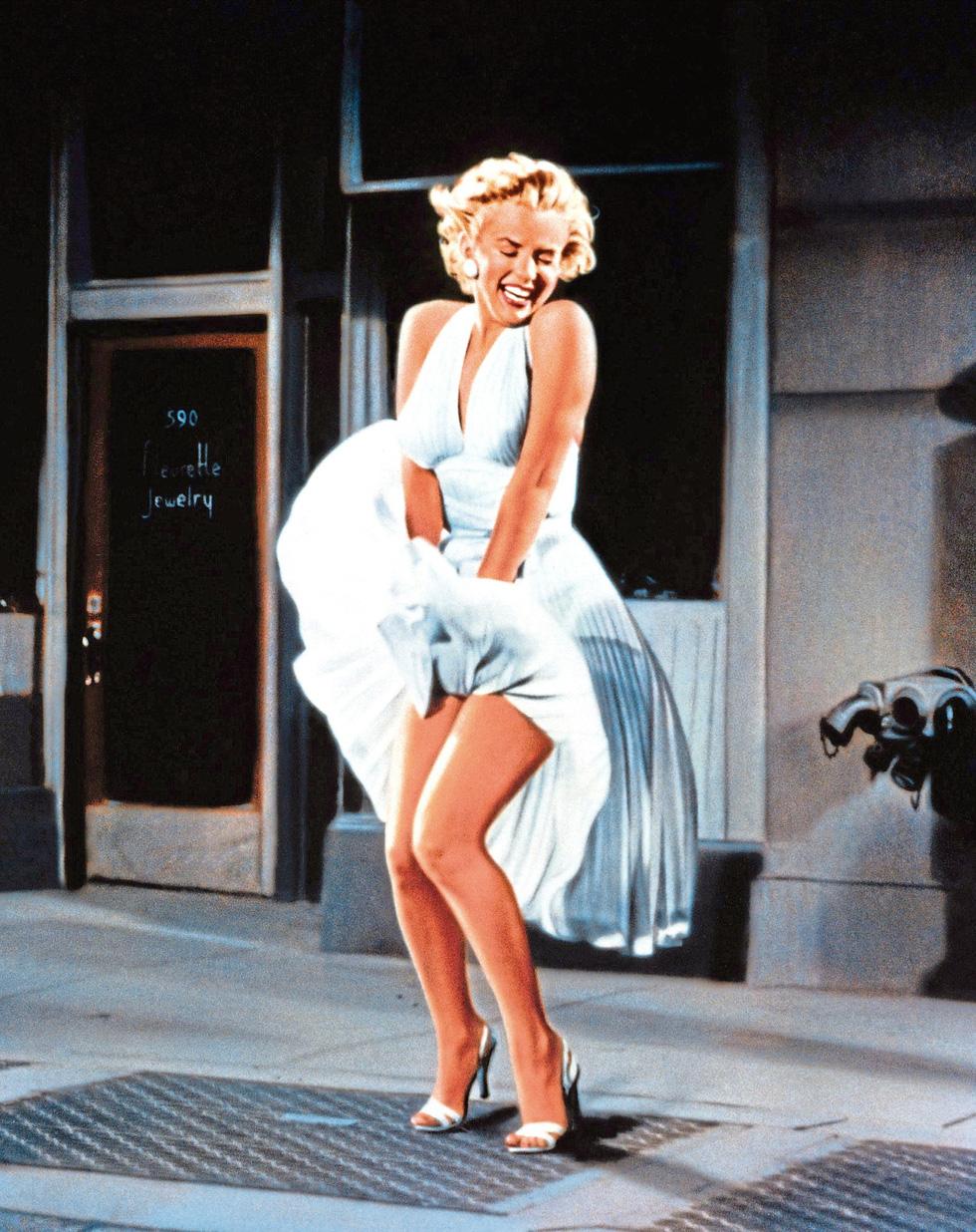 Marilyn Monroe và những chiếc váy đấu giá từ chục ngàn đến triệu USD - Ảnh 6.