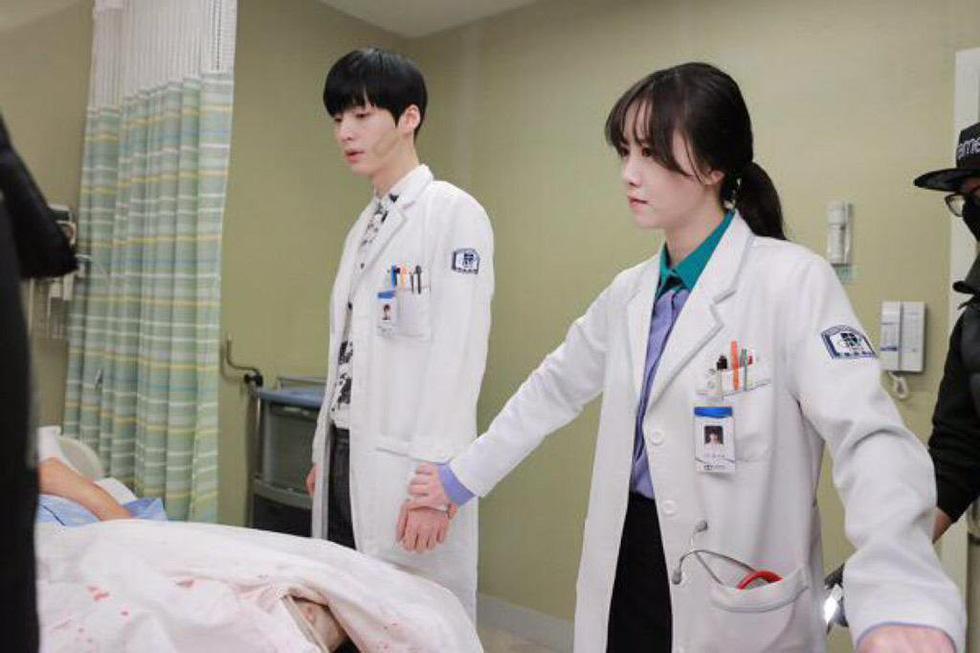 Goo Hye Sun và Ahn Jae Hyun chia tay: Anh phải về xin lỗi mẹ tôi - Ảnh 3.