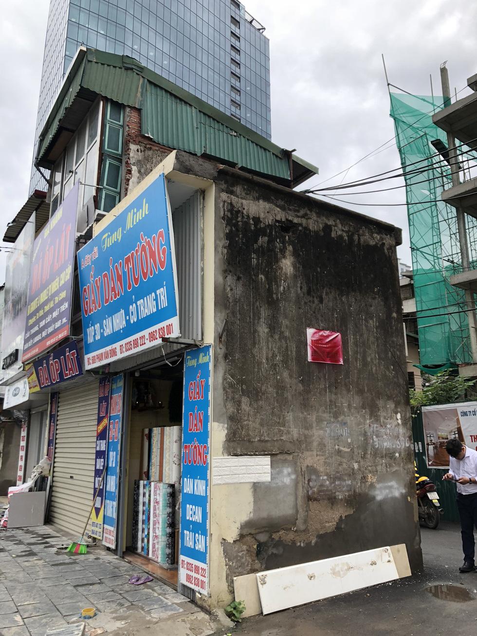 Những ngôi nhà kì dị chỉ có ở phố Phạm Văn Đồng - Ảnh 8.