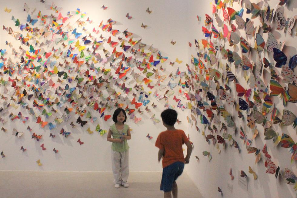 1.300 bươm bướm của những hoàn hảo - khiếm khuyết trong triển lãm ở Hà Nội - Ảnh 1.