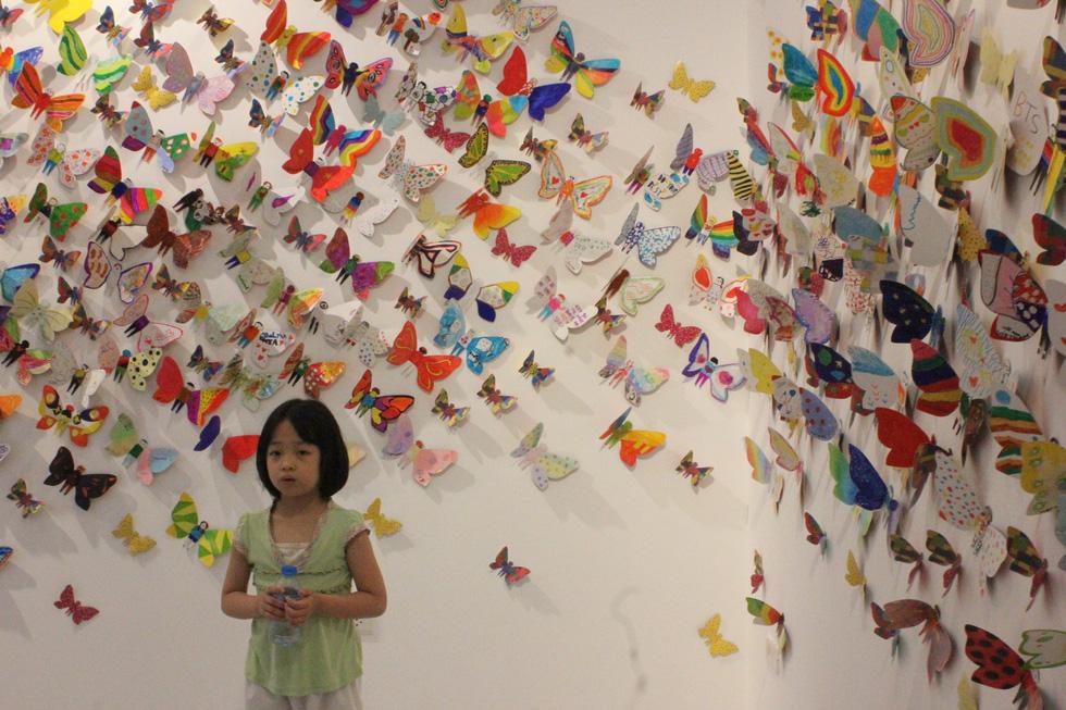 1.300 bươm bướm của những hoàn hảo - khiếm khuyết trong triển lãm ở Hà Nội - Ảnh 2.