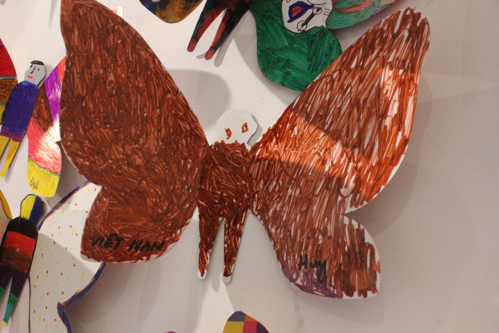 1.300 bươm bướm của những hoàn hảo - khiếm khuyết trong triển lãm ở Hà Nội - Ảnh 9.