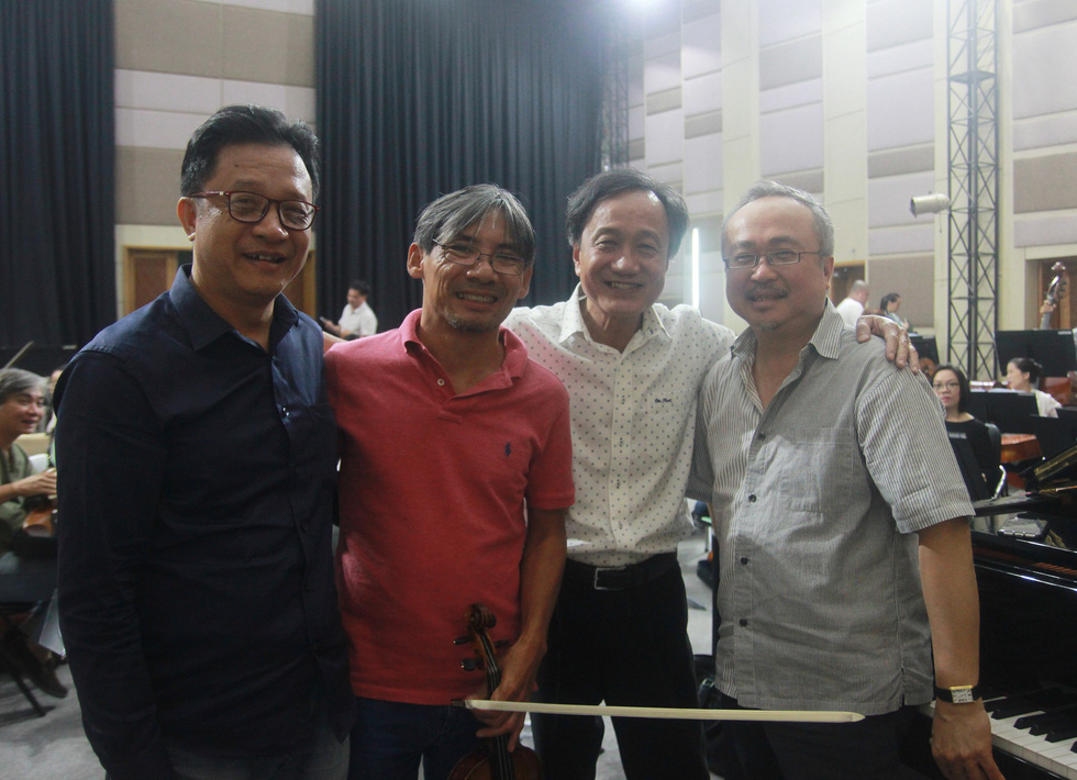 Nghệ sĩ dương cầm Đặng Thái Sơn: Chúng ta phải nhanh lên, kẻo không kịp ! - Ảnh 6.
