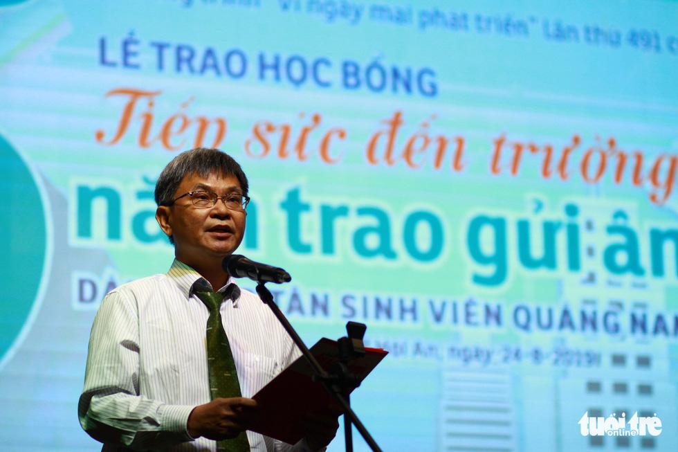Trao 150 suất học bổng Tiếp sức đến trường cho tân sinh viên Quảng Nam - Đà Nẵng - Ảnh 4.
