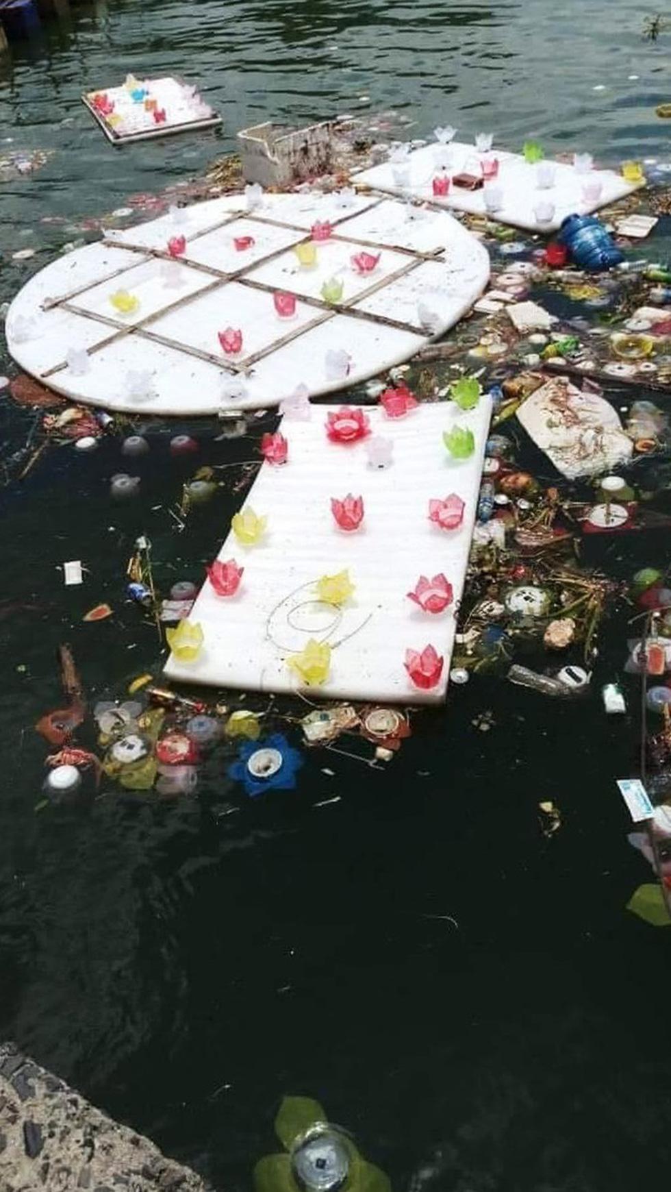 Xôn xao quanh chuyện 30.000 hoa đăng thả xuống vịnh Lan Hạ gây ô nhiễm - Ảnh 3.