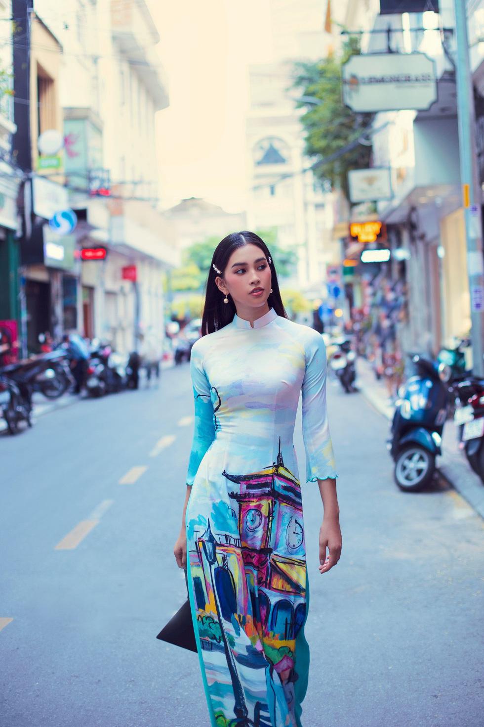 Hoa hậu Tiểu Vy khoe sắc cùng bộ sưu tập áo dài Sài Gòn ơi! - Ảnh 5.