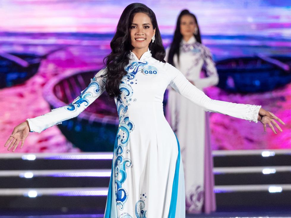 Hoa hậu Thế giới Việt Nam 2019 gọi tên nữ sinh Ngoại thương Hà Nội - Ảnh 5.