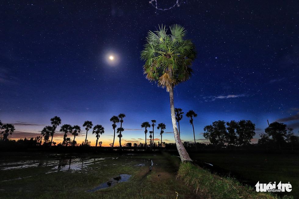 Bình dị mà rạng rỡ trên cánh đồng lúa Tà Pạ ở Tri Tôn - Ảnh 15.