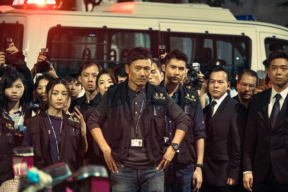 Khiếp sợ với bạo lực và ma túy trong phim của Lưu Đức Hoa, Cổ Thiên Lạc - Ảnh 8.