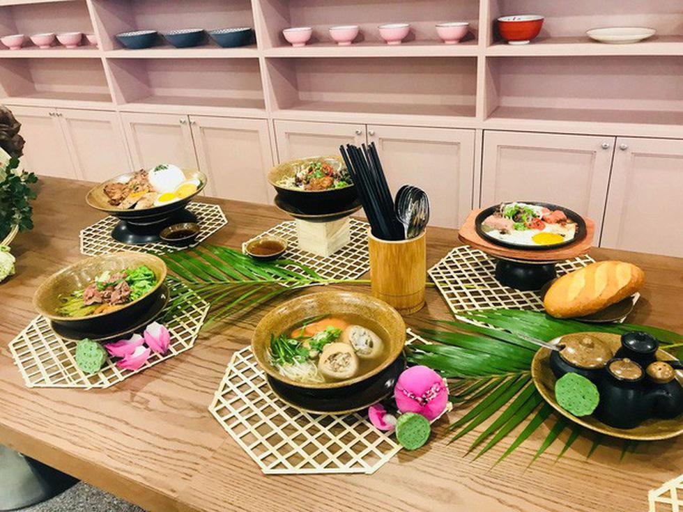 Cuisine De Saigon: Nhà hàng đậm chất Sài Gòn tại sân bay Tân Sơn Nhất - Ảnh 2.