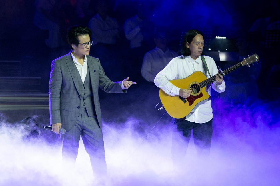 Live concert Truyện ngắn của Hà Anh Tuấn: trong trẻo và chân thành! - Ảnh 7.