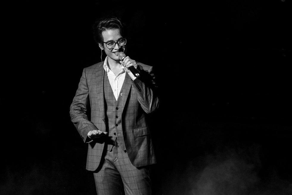 Live concert Truyện ngắn của Hà Anh Tuấn: trong trẻo và chân thành! - Ảnh 2.