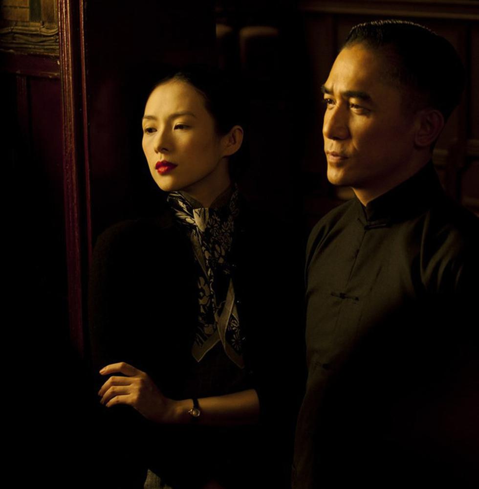Hong Kong của Vương Gia Vệ: Yêu thương một đời, nhìn nhau không cần nói - Ảnh 8.