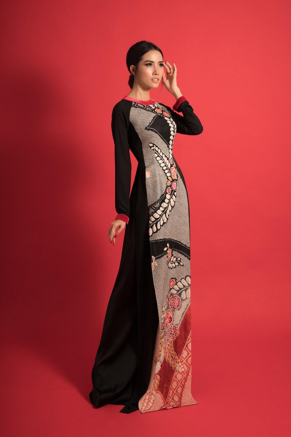 5 hoa hậu và 7 người đẹp giới thiệu bộ sưu tập Nàng của Võ Việt Chung - Ảnh 11.
