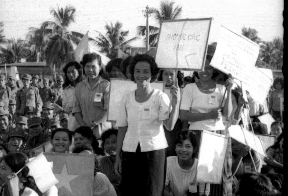 30 năm ngày trở về của đội quân nhà Phật - Ảnh 2.