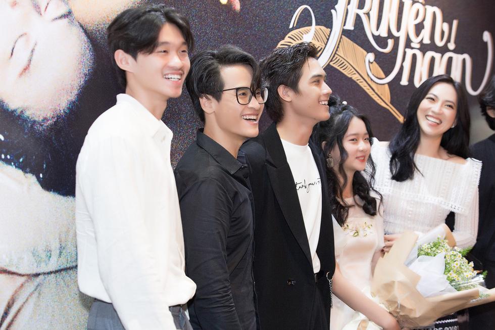 Truyện ngắn: Phim chiếu rạp táo bạo của Hà Anh Tuấn - Ảnh 3.