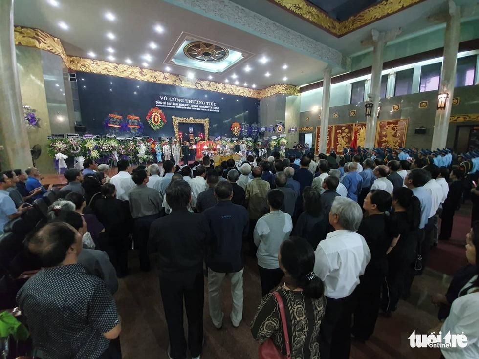 Tiễn đưa phi công phi thường Nguyễn Văn Bảy về quê nhà Lai Vung - Ảnh 6.
