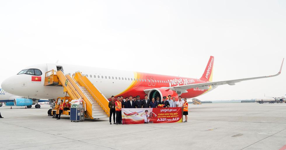 Vietjet nhận máy bay A321neo ACF 240 ghế đầu tiên trên thế giới - Ảnh 2.