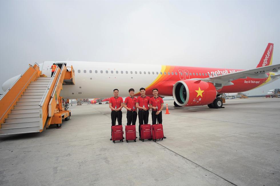 Vietjet nhận máy bay A321neo ACF 240 ghế đầu tiên trên thế giới - Ảnh 6.