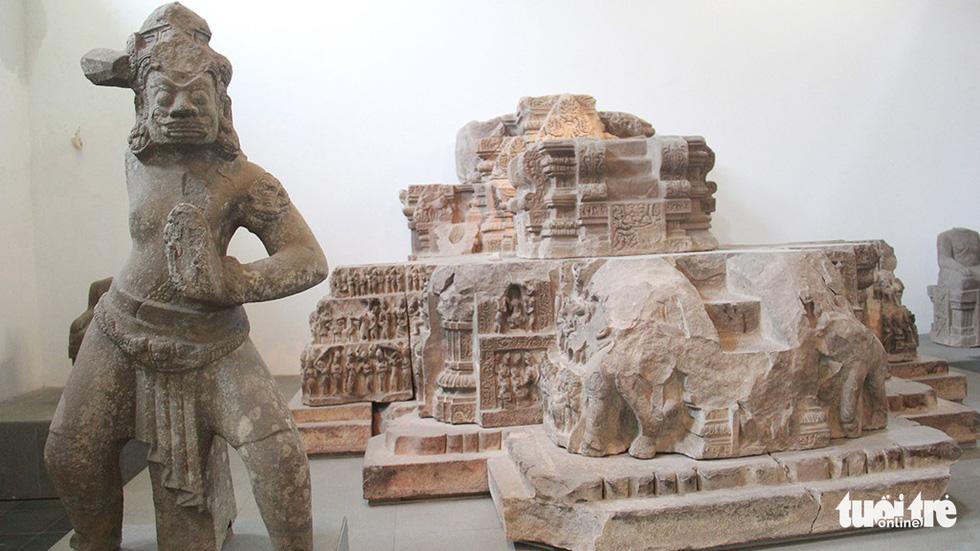 Trăm năm cổ viện Chàm - những chuyện chưa biết - Kỳ 3: Bảo vật quốc gia kể chuyện - Ảnh 4.
