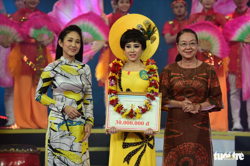 Chuông vàng vọng cổ 2019 vang tên Quách Thị Diễm Ngọc - Ảnh 11.