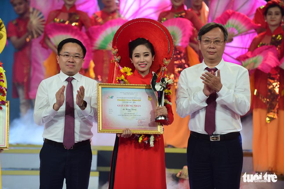 Chuông vàng vọng cổ 2019 vang tên Quách Thị Diễm Ngọc - Ảnh 12.