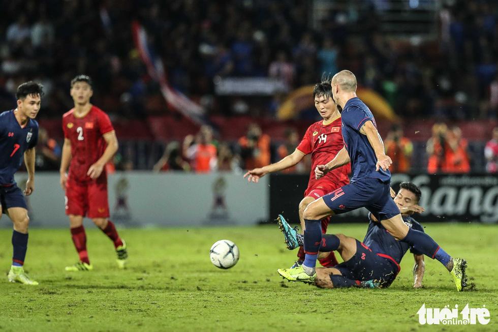 Trận đấu quả cảm của tiền vệ Tuấn Anh - Ảnh 3.
