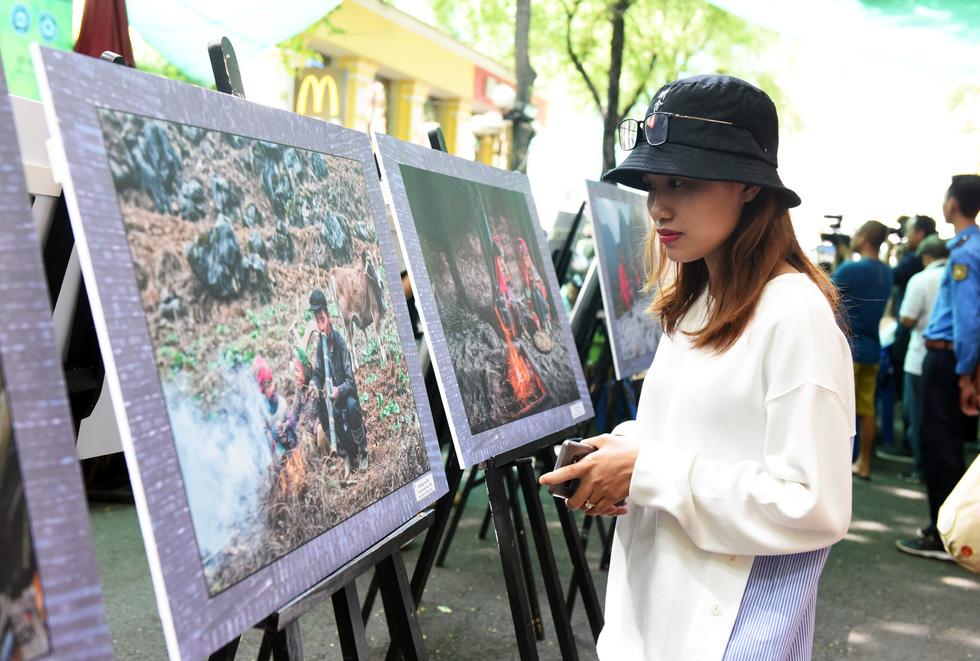 Nghệ sĩ ảnh trưng bày và bán 57 ảnh tuyệt đẹp xây nhà lưu trú cho học trò vùng cao - Ảnh 6.